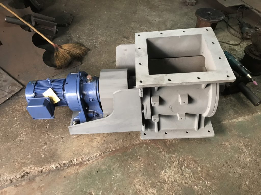 Rotary air lock - DUST COLLECTOR